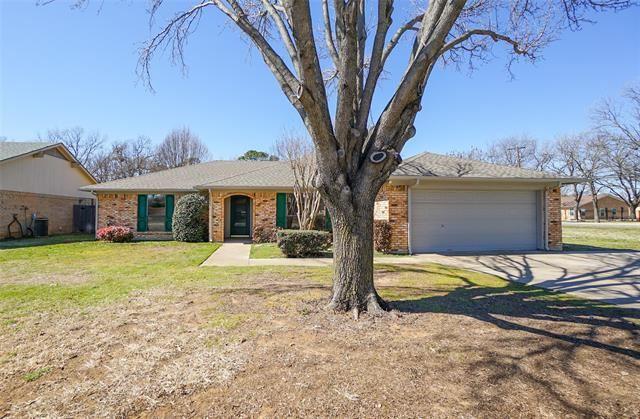 3800 Twin Creek Drive, Arlington, TX 76015 - #: 14522079