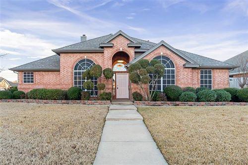 Photo of 208 Redwood Drive, Keller, TX 76248 (MLS # 14507082)