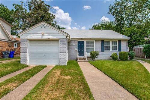 Photo of 5224 Stoneleigh Avenue, Dallas, TX 75235 (MLS # 14633082)