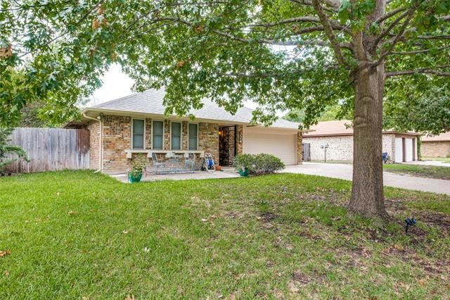 324 Goldfinch Drive, Fort Worth, TX 76108 - #: 14432083