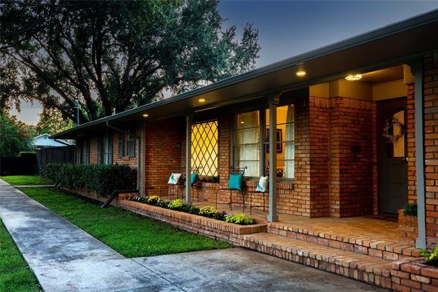 13708 Hughes Lane, Dallas, TX 75240 - #: 14659083