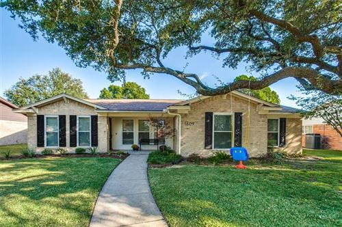 Photo of 1609 Richland Drive, Richardson, TX 75081 (MLS # 14450084)