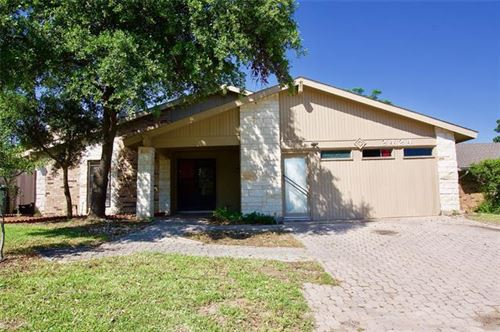 Photo of 2424 Via Barcelona, Carrollton, TX 75006 (MLS # 14506084)
