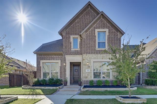 1208 Blue Lake Boulevard, Arlington, TX 76005 - #: 14479085