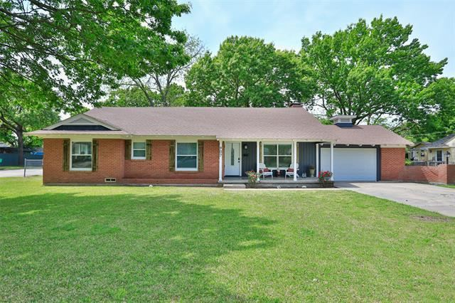 907 S Rusk Street, Gainesville, TX 76240 - MLS#: 14564085