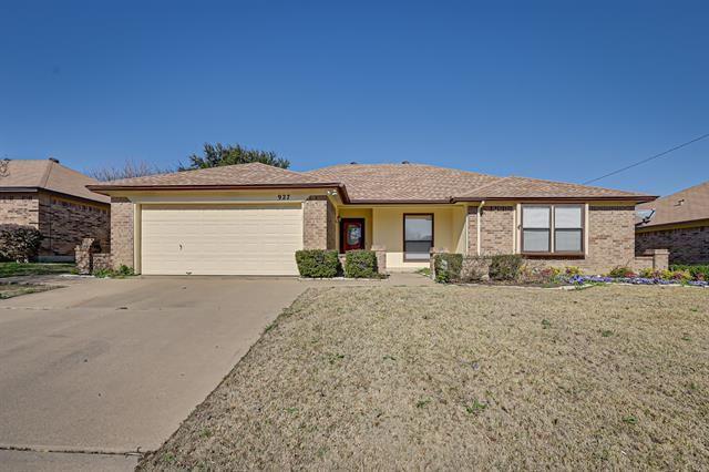 927 Thistle Ridge Lane, Arlington, TX 76017 - #: 14507086