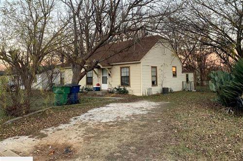Photo of 112 Mulberry Street, Whitesboro, TX 76273 (MLS # 14626087)