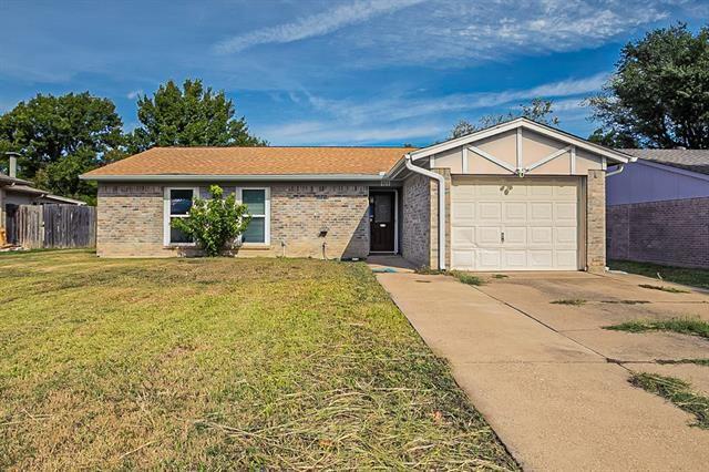 5709 Macgregor Drive, Haltom City, TX 76148 - #: 14693087