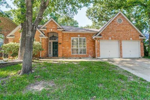 Photo of 1802 Haydenbend Circle, Grapevine, TX 76051 (MLS # 14377101)