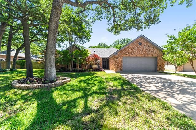 6011 Green Forest Court, Arlington, TX 76001 - #: 14335104
