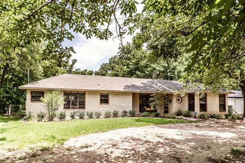 Photo of 1737 E California Street, Gainesville, TX 76240 (MLS # 14379105)