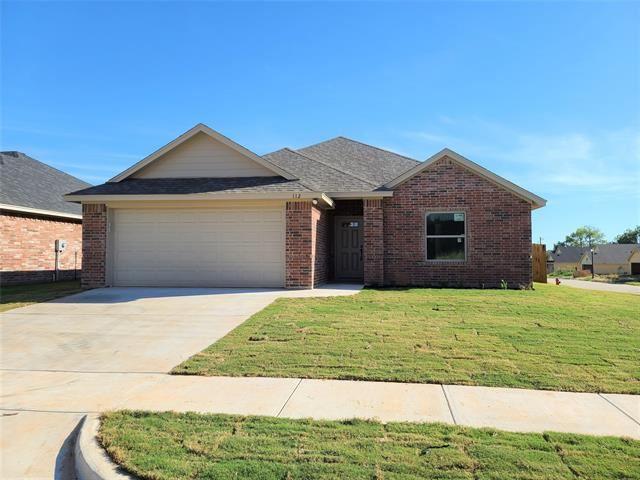 112 Clover Circle, Weatherford, TX 76086 - #: 14676105