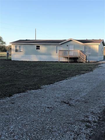 Photo of 4612 County Road 3403, Lone Oak, TX 75453 (MLS # 14214112)