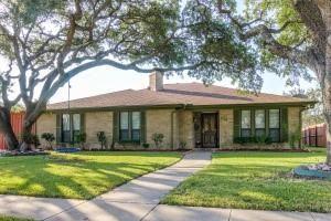 Photo of 616 E Spring Valley Road, Richardson, TX 75081 (MLS # 14696112)