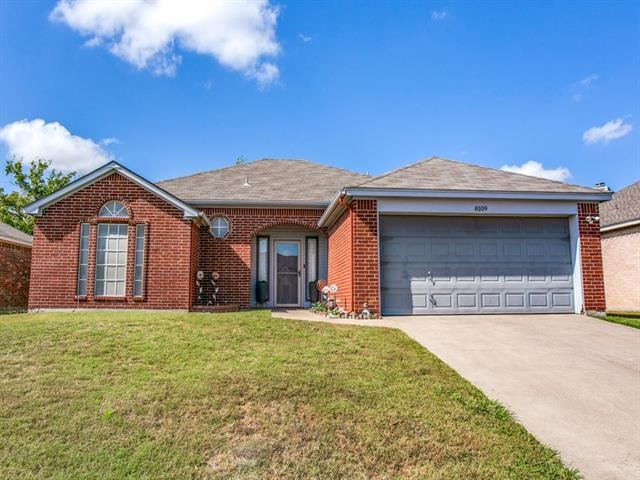 8109 Fox Chase Drive, Fort Worth, TX 76137 - #: 14455112