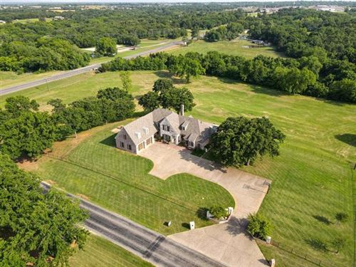 Photo of 140 Bones Chapel Road, Whitesboro, TX 76273 (MLS # 14349115)