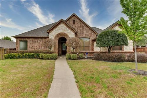 Photo of 8313 Valley Oaks Drive, North Richland Hills, TX 76182 (MLS # 14558122)