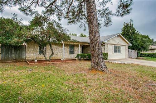 Photo of 2913 Red Bird Lane, Grapevine, TX 76051 (MLS # 14690124)