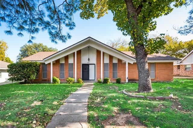 2003 Alamo Drive, Arlington, TX 76012 - #: 14469126