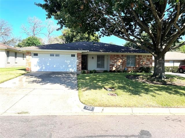 7212 Misty Meadow Drive S, Fort Worth, TX 76133 - #: 14673130