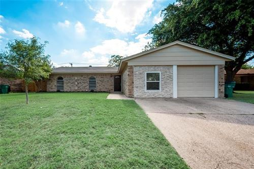 Photo of 6237 Cascade Circle, Watauga, TX 76148 (MLS # 14354132)