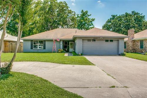 Photo of 2323 Bolden Road, Irving, TX 75060 (MLS # 14602132)