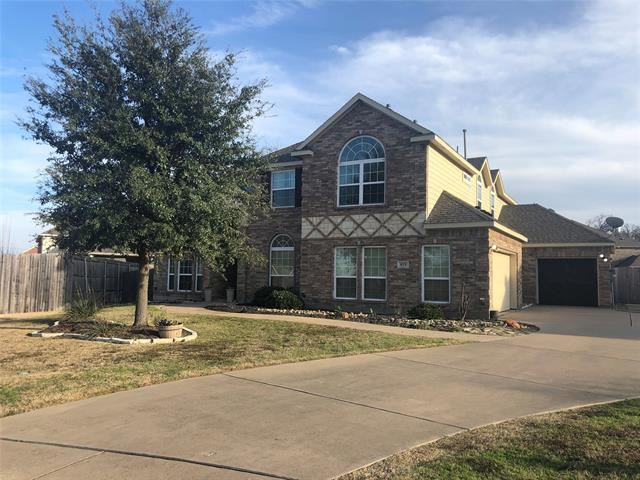 925 Roanoke Court, Kennedale, TX 76060 - MLS#: 14258139