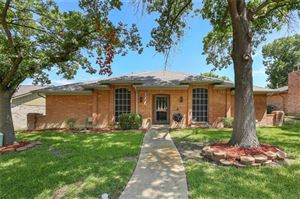 Photo of 1812 Green Ridge Drive, Carrollton, TX 75007 (MLS # 14163144)