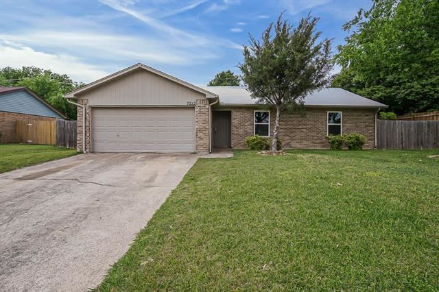 7213 Hanging Cliff Place, North Richland Hills, TX 76182 - #: 14565147
