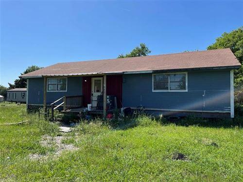 Photo of 7080 CO RD 131B, Terrell, TX 75161 (MLS # 14578148)