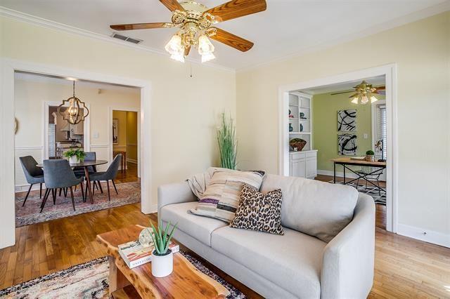 2208 W Magnolia Avenue, Fort Worth, TX 76110 - #: 14530151