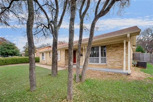 Photo of 1801 Signet Drive, Euless, TX 76040 (MLS # 14222152)