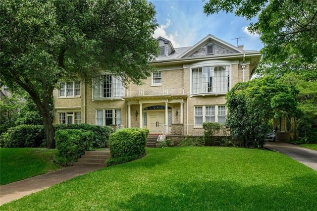 Photo for 4211 Lakeside Drive, Highland Park, TX 75219 (MLS # 14086153)