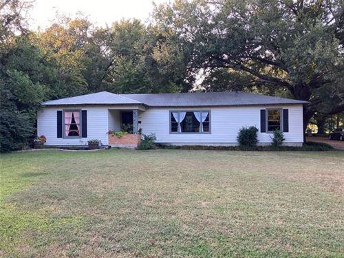 Photo of 205 Grace Lane, Terrell, TX 75160 (MLS # 14670154)