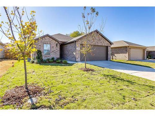 Photo of 6423 Graceland, Greenville, TX 75402 (MLS # 14471157)