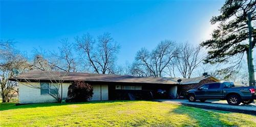 Photo of 455 Bradley Street, Fairfield, TX 75840 (MLS # 14524158)