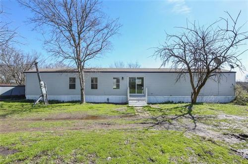 Photo of 331 Carter Trail, Quinlan, TX 75474 (MLS # 14299160)