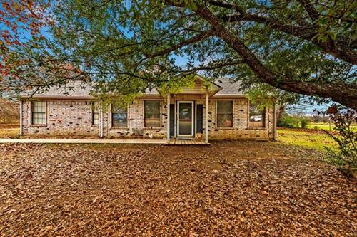 Photo of 1704 Middle Road, Denison, TX 75021 (MLS # 14696165)