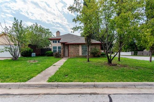 Photo of 2400 Busch Drive, Arlington, TX 76014 (MLS # 14436168)