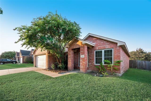 7023 Lake Roberts Way, Arlington, TX 76002 - #: 14635169