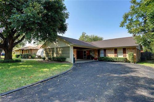 Photo of 115 Kathryn Drive, Sanger, TX 76266 (MLS # 14443170)