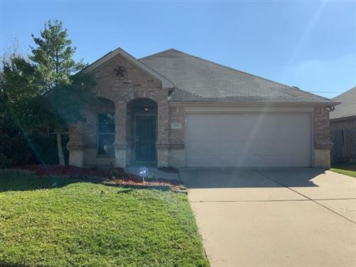 Photo of 6057 Lochshire Drive, Fort Worth, TX 76179 (MLS # 14698171)