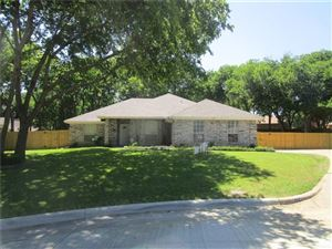 Photo of 1308 Tanbark Court, Grand Prairie, TX 75052 (MLS # 13781172)