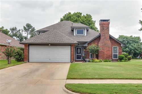 Photo of 1902 Wood Meadow Drive, Grapevine, TX 76051 (MLS # 14418178)