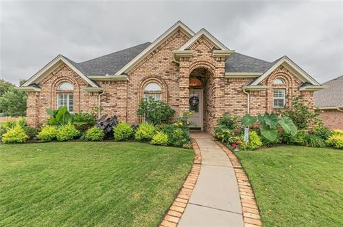 Photo of 835 Magnolia Court, Hurst, TX 76053 (MLS # 14459181)