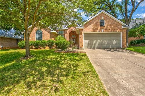 Photo of 821 Forest Crossing Drive, Hurst, TX 76053 (MLS # 14414182)