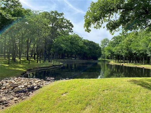 Photo of 9546 Oak Meadow Lane Lane, Pilot Point, TX 76258 (MLS # 14374184)