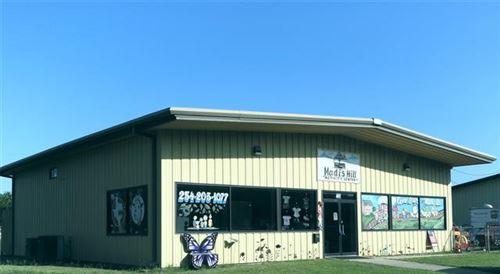 Photo of 104 N Railroad Street, Groesbeck, TX 76642 (MLS # 14640184)