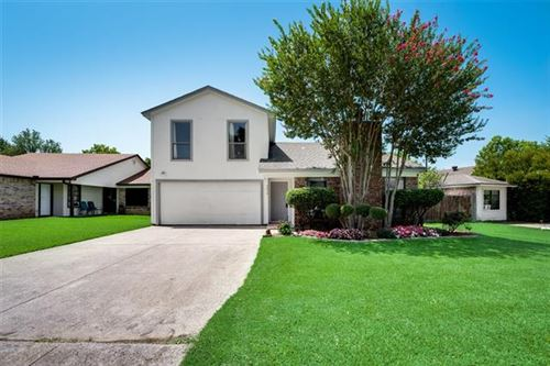 Photo of 4214 Green Acres Circle, Arlington, TX 76017 (MLS # 14383187)