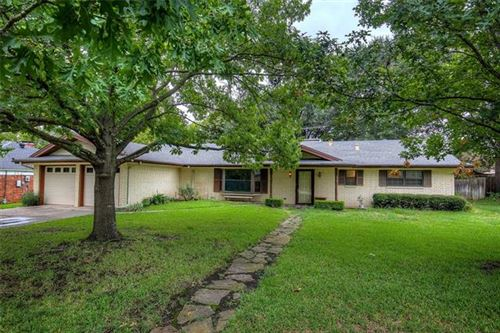 Photo of 2302 Royal Lane, Greenville, TX 75402 (MLS # 14433187)